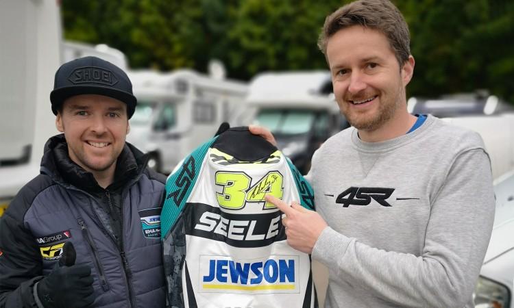 Kvalitní motocyklové oblečení 4SR - Alastair Seeley & Václav Jiruš